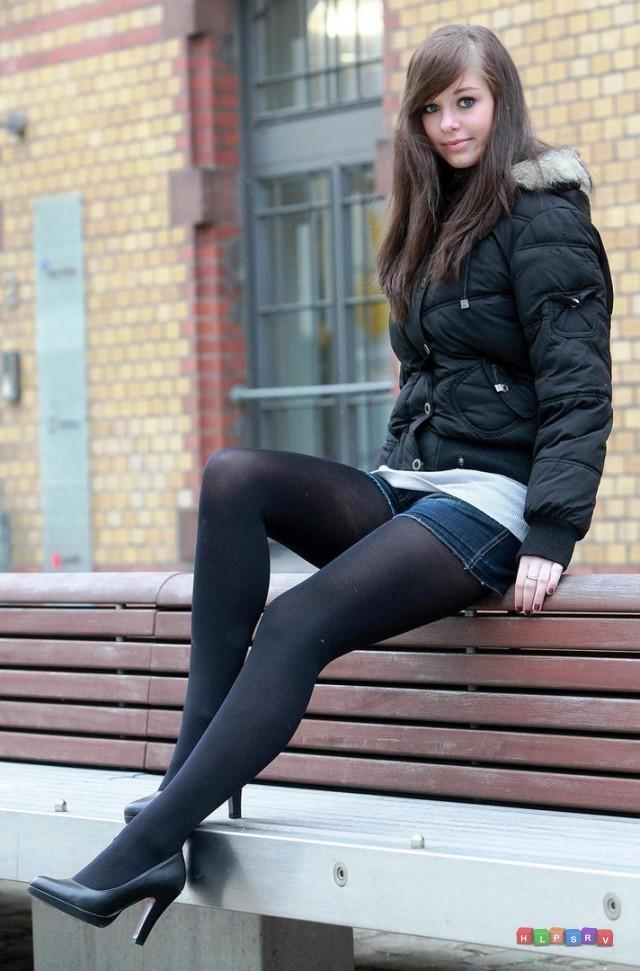 Красивые девушки на каблуках