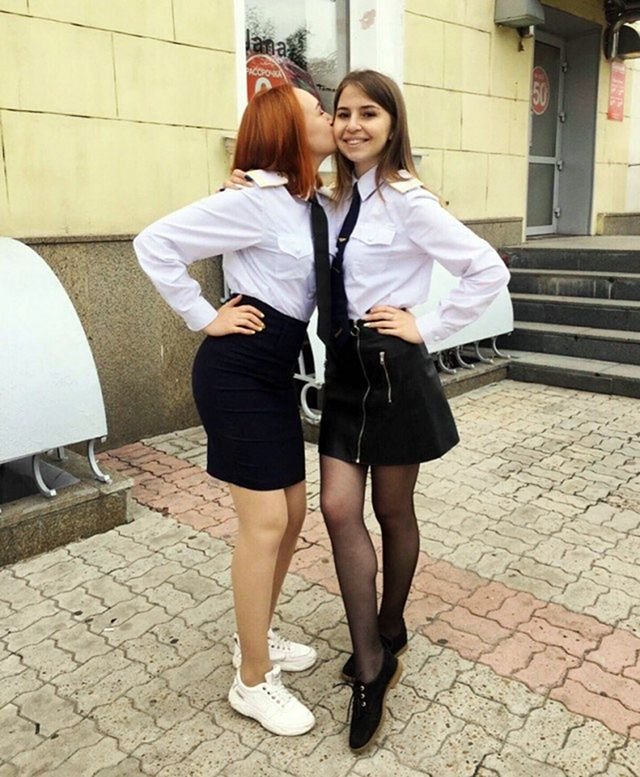 Летние девушки из социальных сетей
