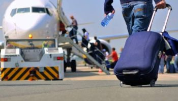 53% молодых россиян хотят уехать жить за границу